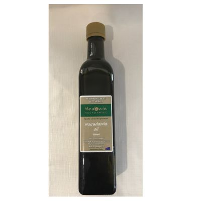 Macadamia oil in glass 500ml